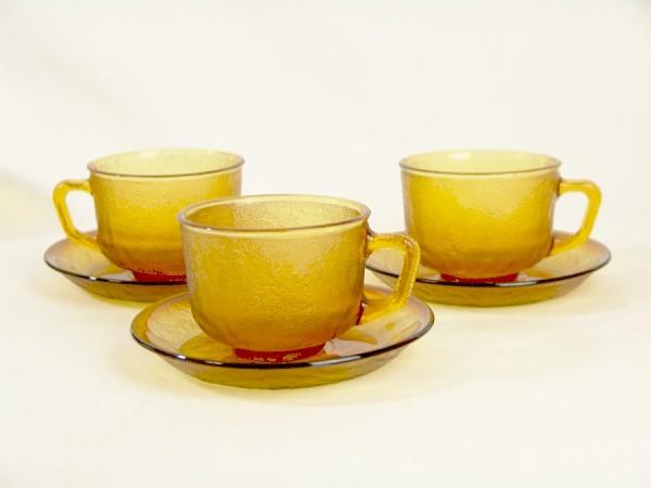 3 x Vintage Pressglas Tassen - Bernstein / Honigfarben
