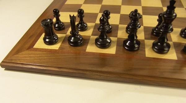 Hochwertiges großes Holz Schachbrett + Holz Figurensatz