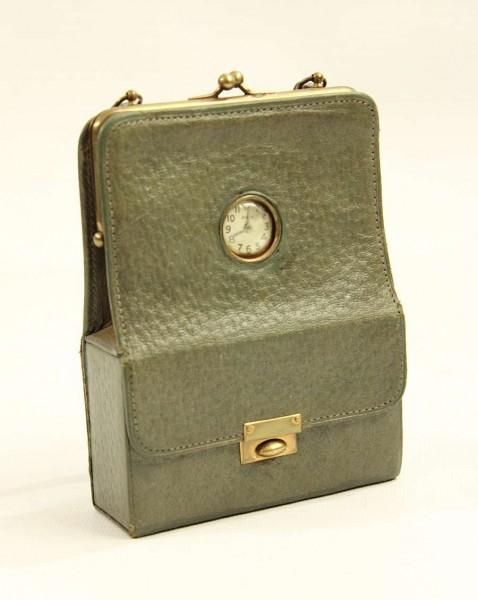 Kleines Souvenir Täschchen um 1910 - London - mit mechanischer Uhr