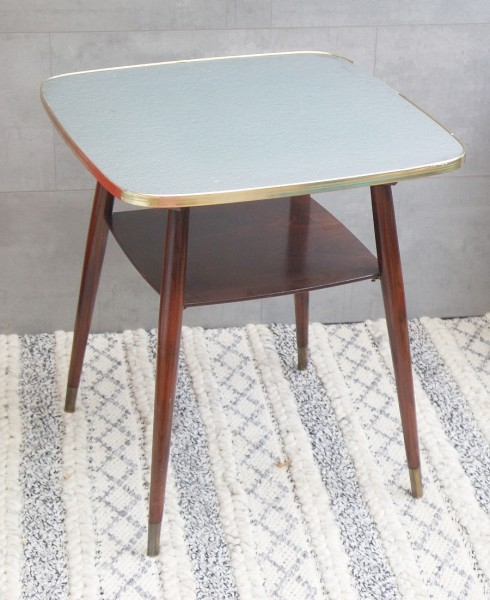 Kleiner 50er Jahre Tisch - drehbare Platte - Messingschuhe