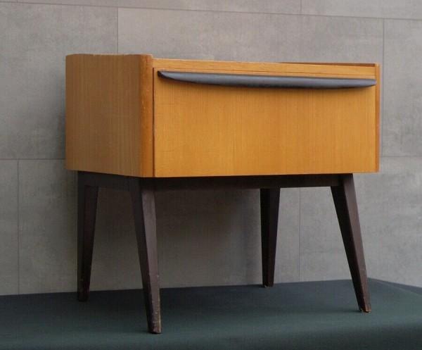 Kleine Kommode - Nachttisch - 60er Jahre