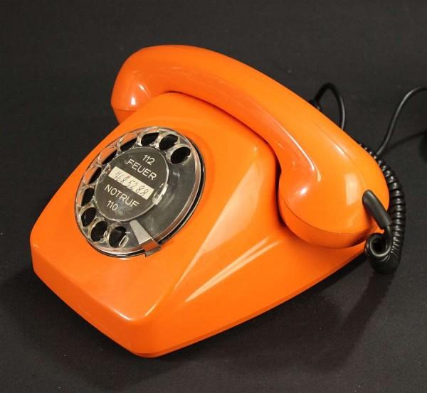 70er Jahre Post Wählscheiben Telefon FeTAp 611-2 - Orange