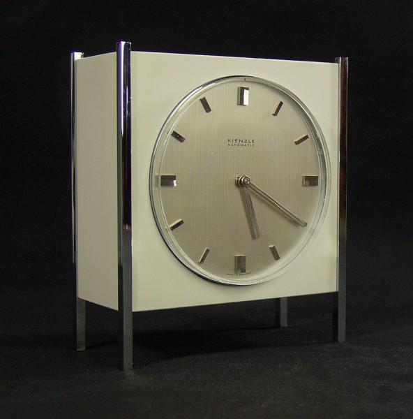 60er Jahre Kienzle Automatic Tischuhr - Elektromechanisch - weiss/chrom