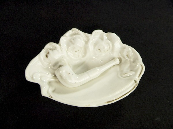 Antik Porzellan Ascher - plastische Pfeife